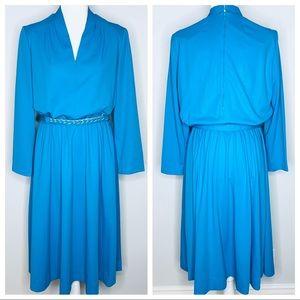 Vintage Aqua Henry-Lee Sheath V Neck Belted Dress